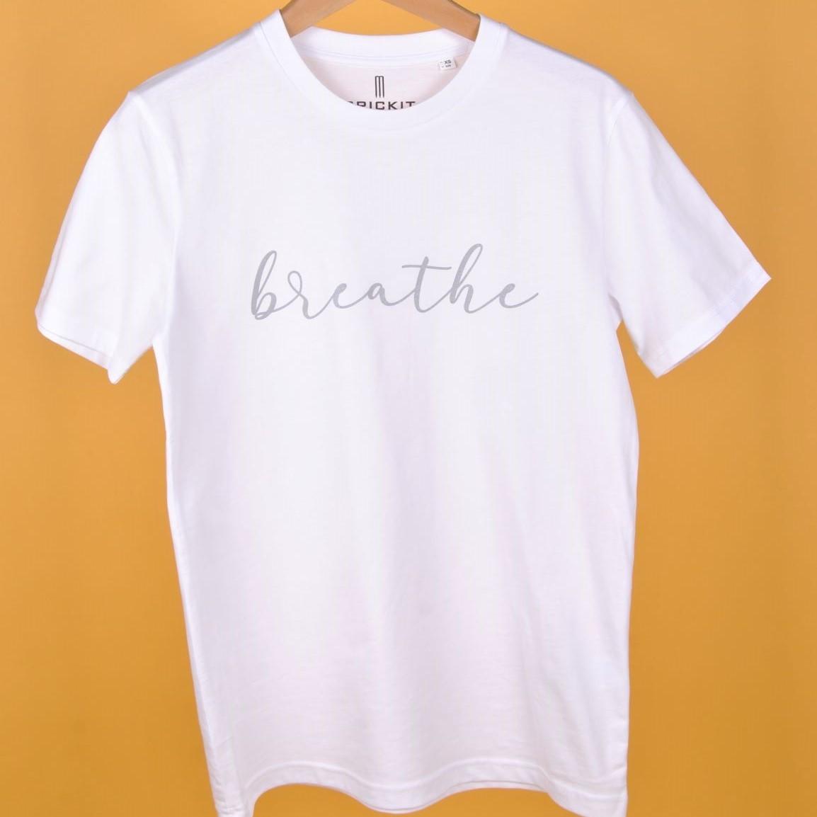 "JODIE T-Shirt Weiss ""Breathe"" Silber"